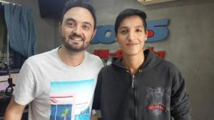 Javier Rosemberg de FM Cordoba y su socio Matias Aguero del IPEM 185 Perito Moreno